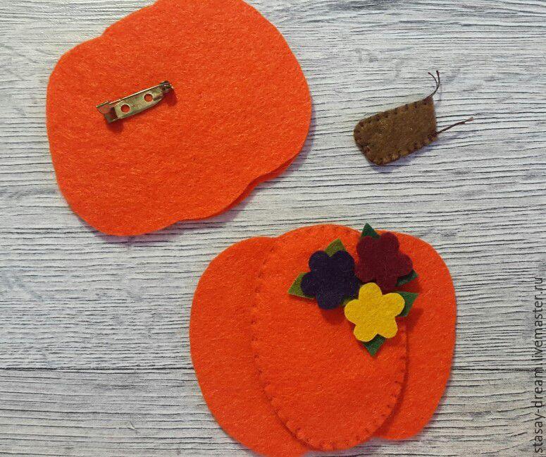 Sewing a Pumpkin Brooch, фото № 6