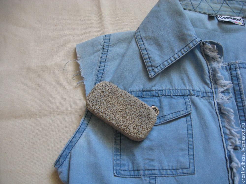 джинсовая жилетка