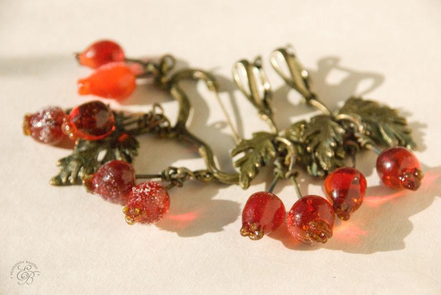 стекло, лэмпворк, лампворк, авторские украшения, зимние ягоды, красные ягоды, авторское стекло