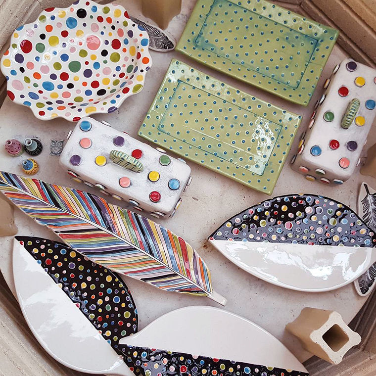 A Love Affair with Clay: Bright Pottery by Charity Hofert, фото № 22