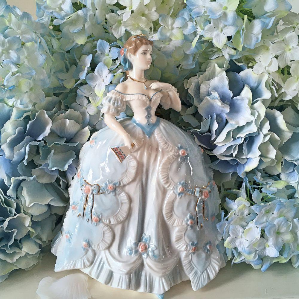 статуэтка, фарфор royal worcester