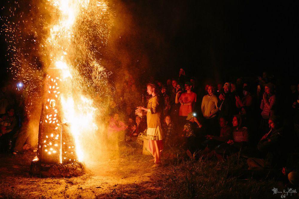 огненная скульптура, тюльнева ирина