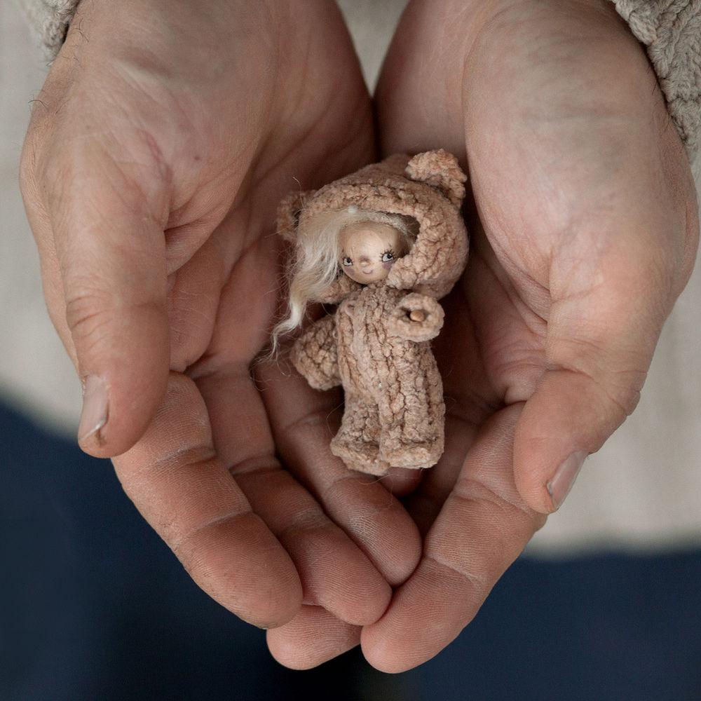 кукла, деревянная кукла, подарок, натуральные материалы