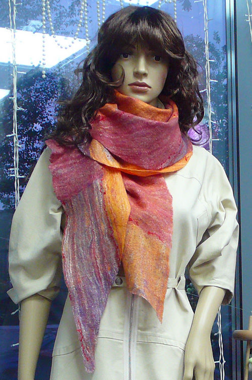 валяние, украса, валяем шарф, как свалять шарф, мокрое валяние