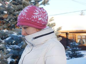 Шикарные вязаные шапочки со снежинками. Ярмарка Мастеров - ручная работа, handmade.