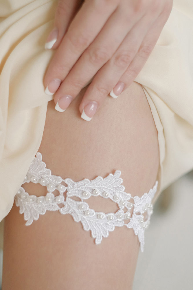 Bride's Garter: History and Tradition, фото № 44