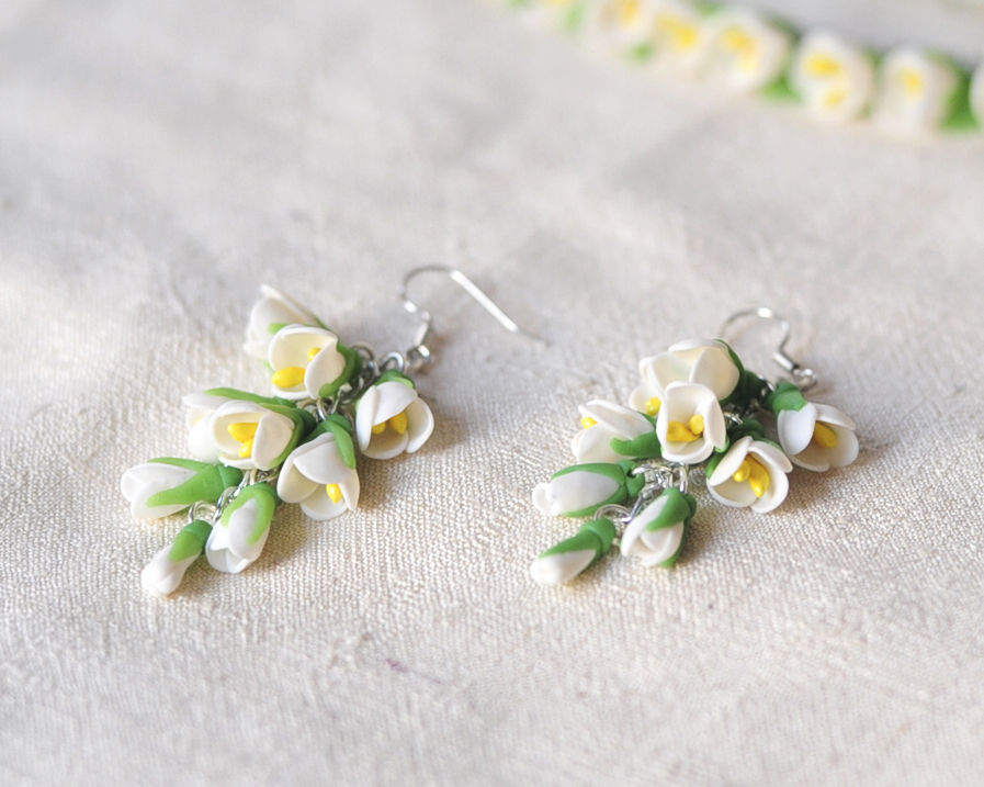 компрект свадебный, мелкие цветы
