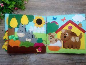Развивающая книжка из фетра Домашние животные. Мамы и малыши.. Ярмарка Мастеров - ручная работа, handmade.