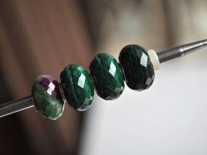 Натуральные камни - с небольшими природными неровностями для Pandora и Trollbeads в наличии. Ярмарка Мастеров - ручная работа, handmade.