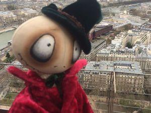 На фоне Эйфелевой башни с айфона селфи забабашим!. Ярмарка Мастеров - ручная работа, handmade.