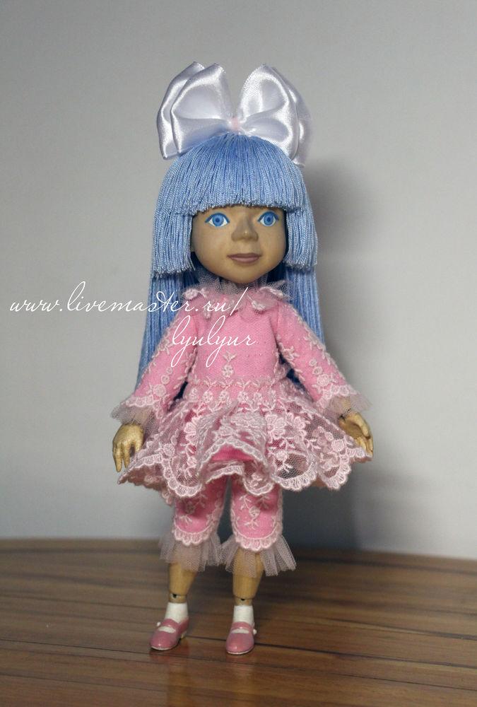 кукла из дерева