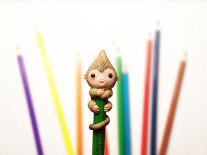 Видео мастер-класс: лепим забавную обезьянку на карандаш. Ярмарка Мастеров - ручная работа, handmade.