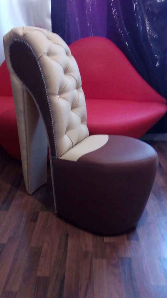 компактное кресло, диван губы