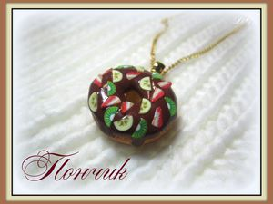 Делаем пончик с кусочками фруктов из полимерной глины. Ярмарка Мастеров - ручная работа, handmade.