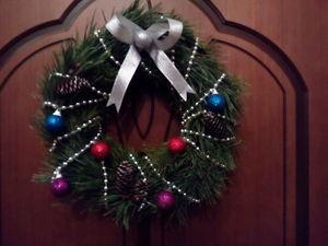 Венок новогодний из сосновых веток. Ярмарка Мастеров - ручная работа, handmade.