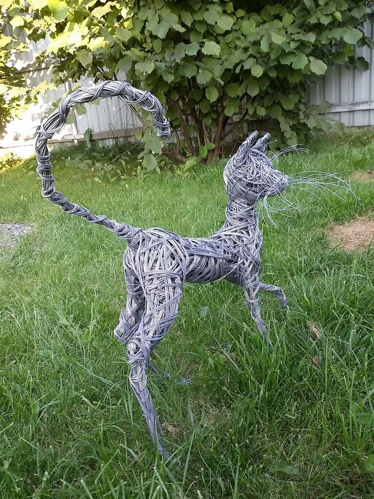 скульптуры из проволоки, реалистичные скульптуры, плетение из проволоки