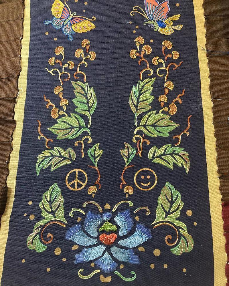 люневильский крючок, вышивка гладью, колористика, палитра цветов, живопись иглой, вышивание