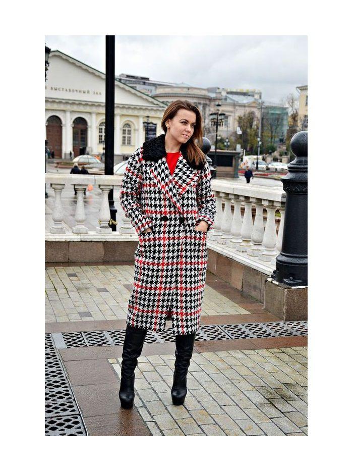 распродажа одежды, пальто
