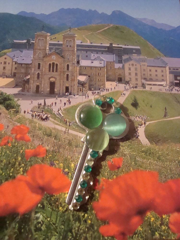 ключ, ключ от счастья, ключ подвеска, декоративный ключ, ключ со стразами, украшение, зеленый, клевер, удача, счастье, оберег, необычный ключ, оригинальный ключ, лето