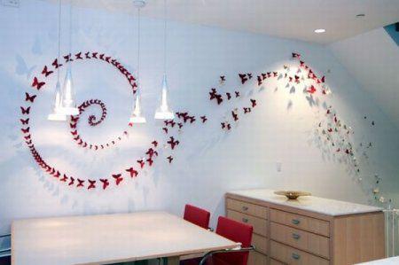 Отделка бабочками, изготовленными из пивных банок
