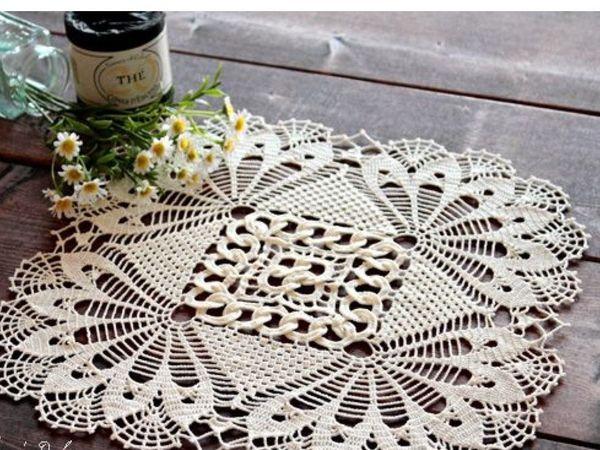 Простая связанная салфеточка в непростом интерьере | Ярмарка Мастеров - ручная работа, handmade