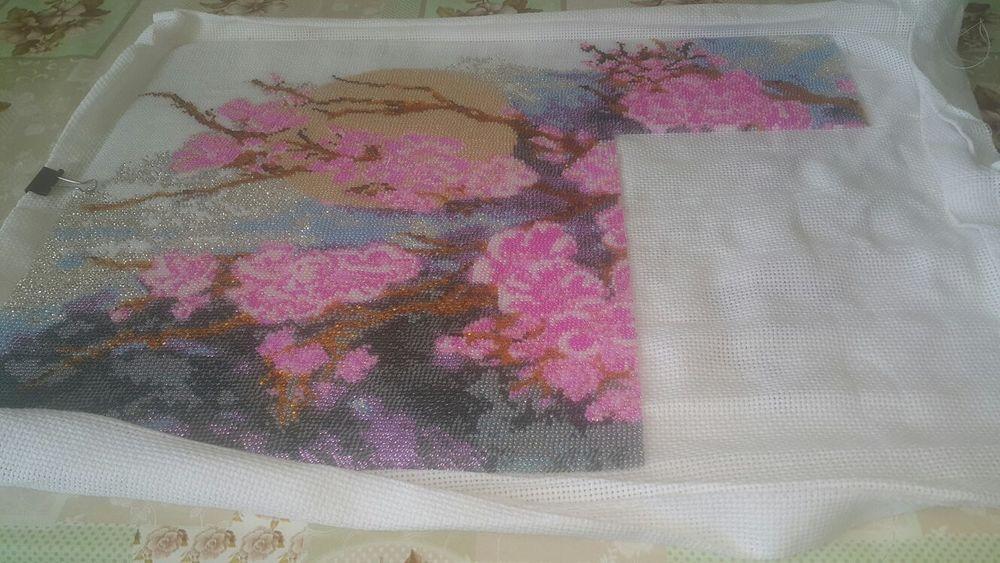 бисером ветка сакуры