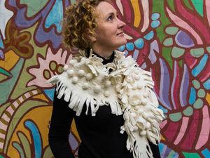 Наташа Сафонова: Как маленький шарф-боа превратился в большой шарф-бактус | Ярмарка Мастеров - ручная работа, handmade