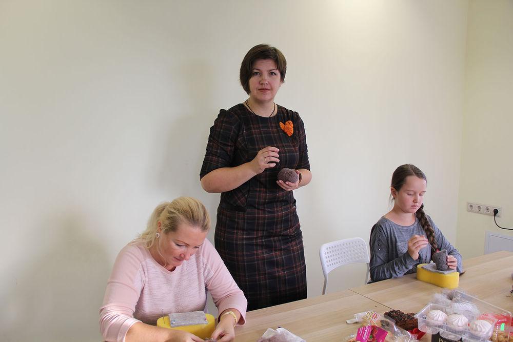 Отчет о мастер-классе Елены Колтуновой по валянию совенка, фото № 2