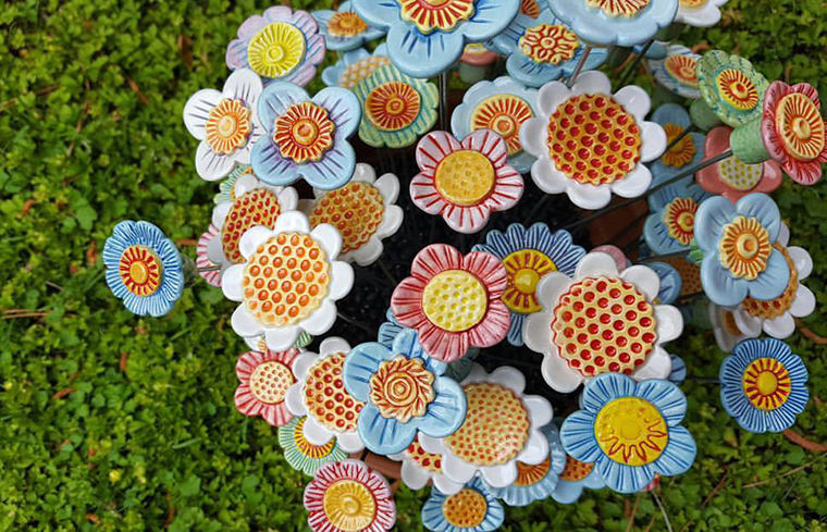 A Love Affair with Clay: Bright Pottery by Charity Hofert, фото № 13