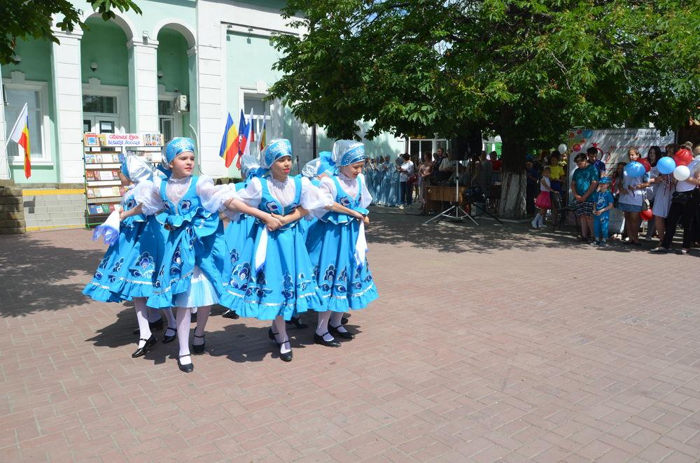 танцоры, сарафан русский народный, блузка шелковая