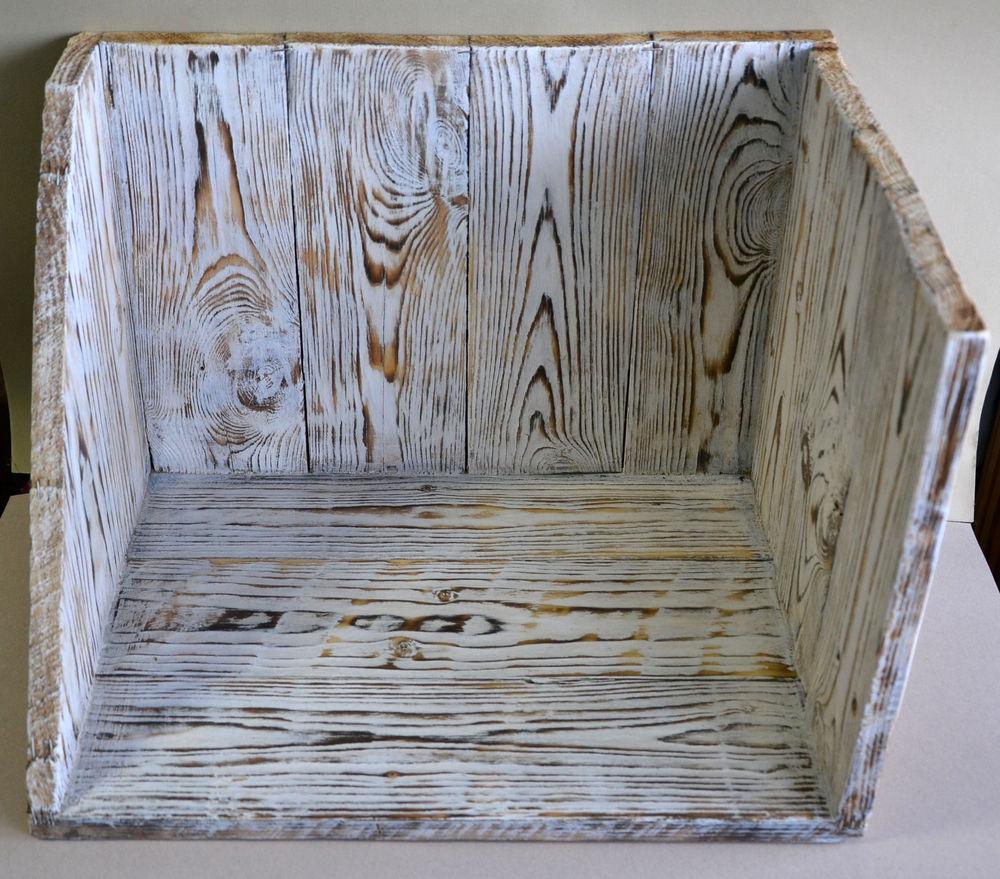 деревянное украшение