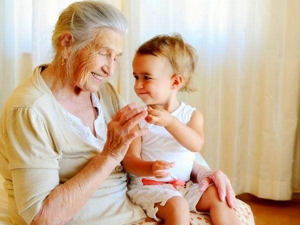 сын выоизавет бабушку