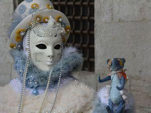 Создаем из кусочка кожи карнавальную маску «Весь мир — театр...». Ярмарка Мастеров - ручная работа, handmade.