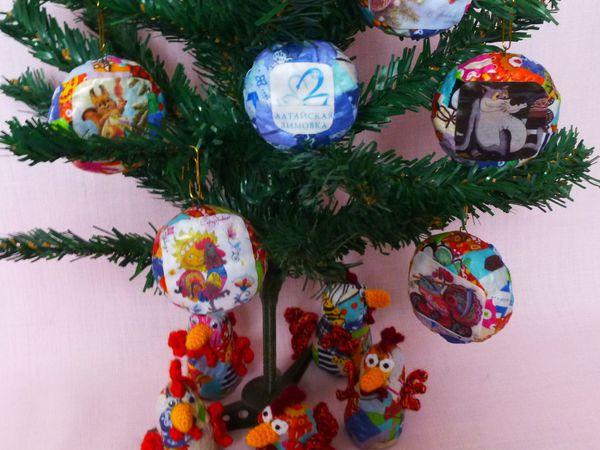 Мастерим «лоскутные» новогодние игрушки из папье-маше и ткани | Ярмарка Мастеров - ручная работа, handmade