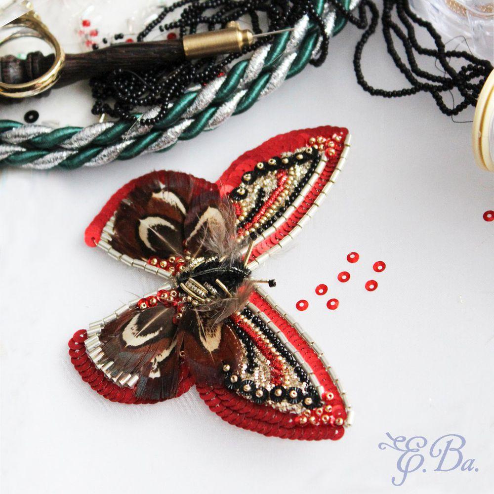 Пайетки вышивка бабочка 100