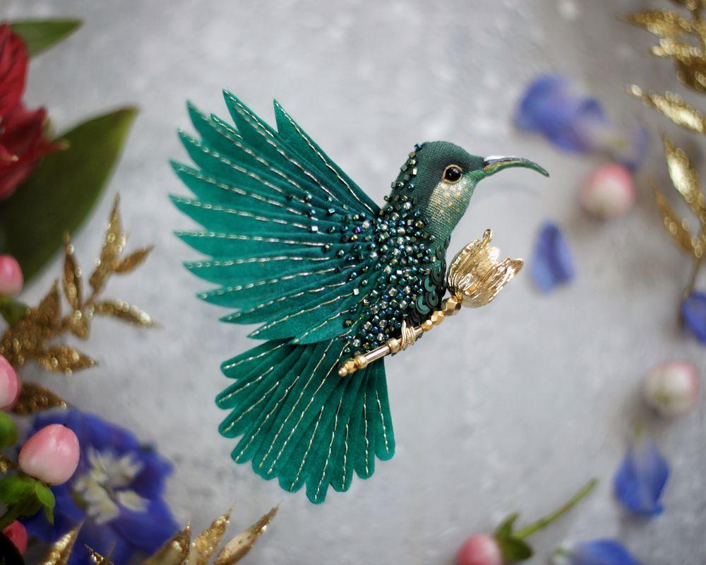 была фото брошек колибри гибочный