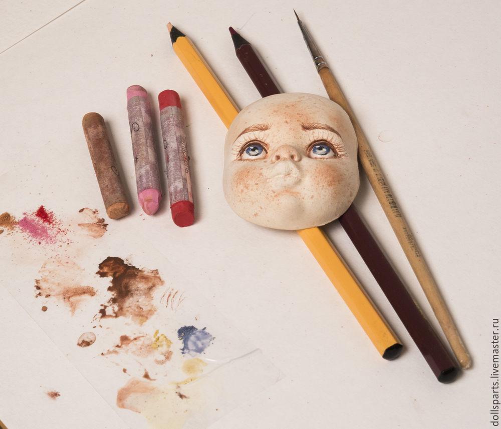 Pintura de clase magistral de la cara de una muñeca, foto número 21