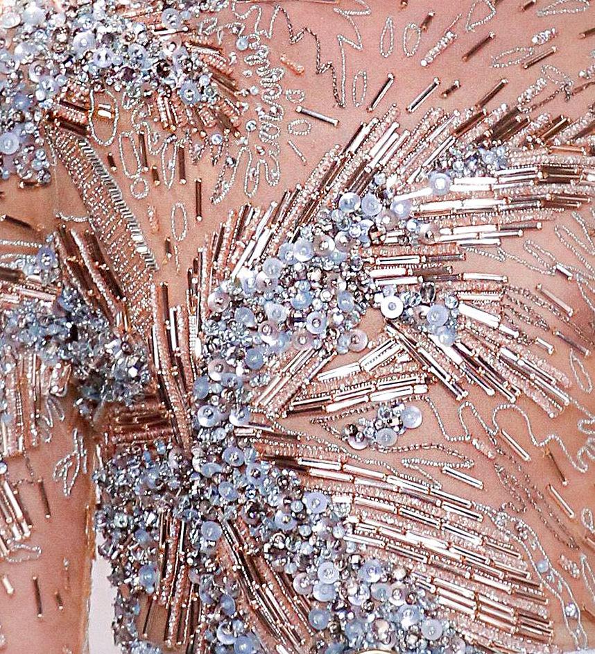 вышивка паетками эли сааб схема