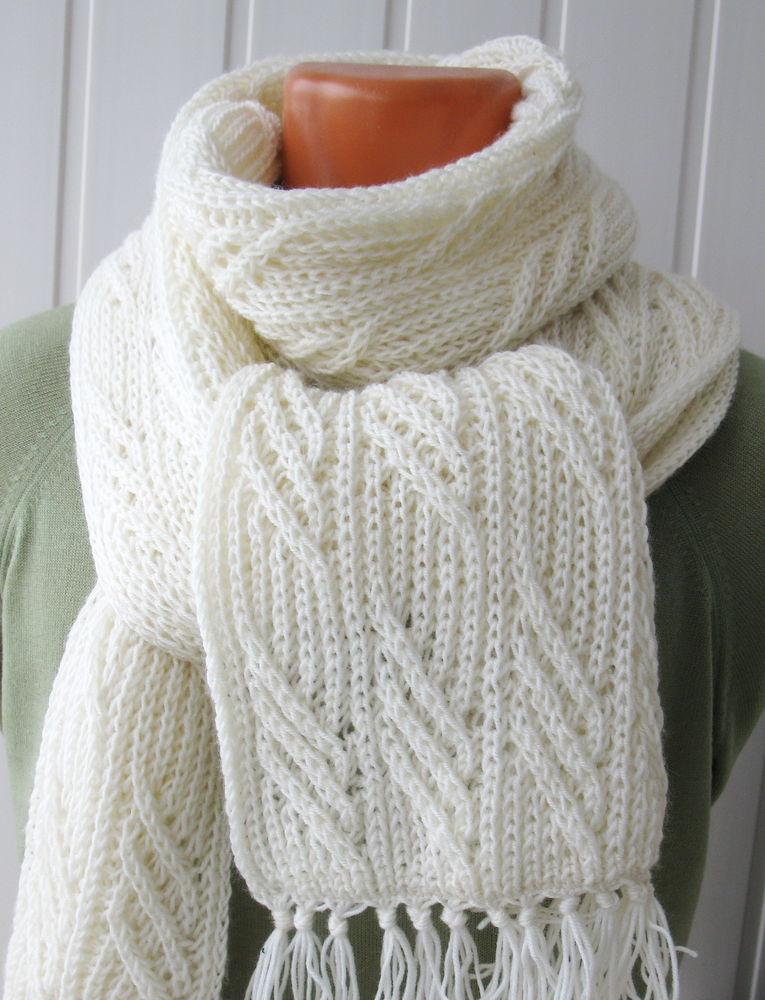 шарф вязаный по мотивам