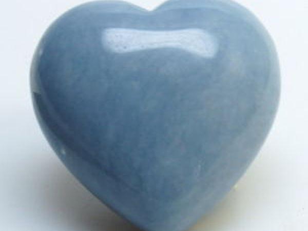 Ангелит –  камень душевного равновесия и внутреннего спокойствия | Ярмарка Мастеров - ручная работа, handmade