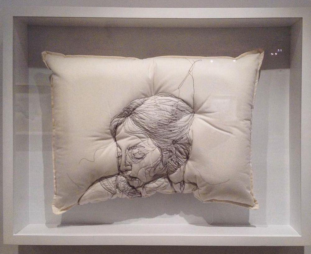 Погруженные в сон: вышивка на подушках Maryam Ashkanian, фото № 9