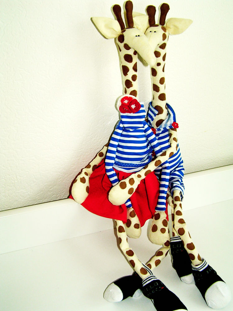 жираф, жирафики