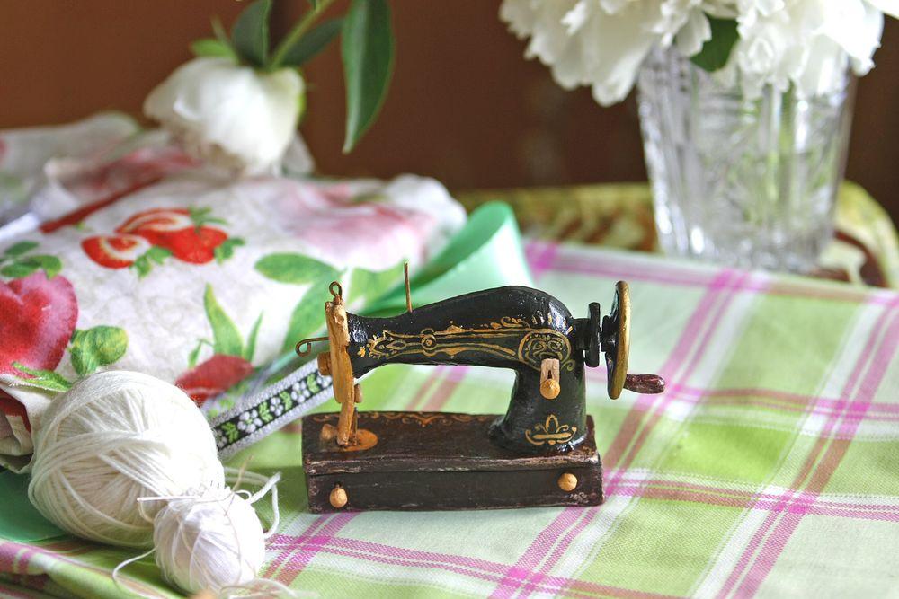 бабушка, решилье, вышивка, шторки, занавески, машинка, швейеая машинка