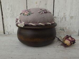 Новое. Шкатулки-игольницы с вышивкой. Ярмарка Мастеров - ручная работа, handmade.