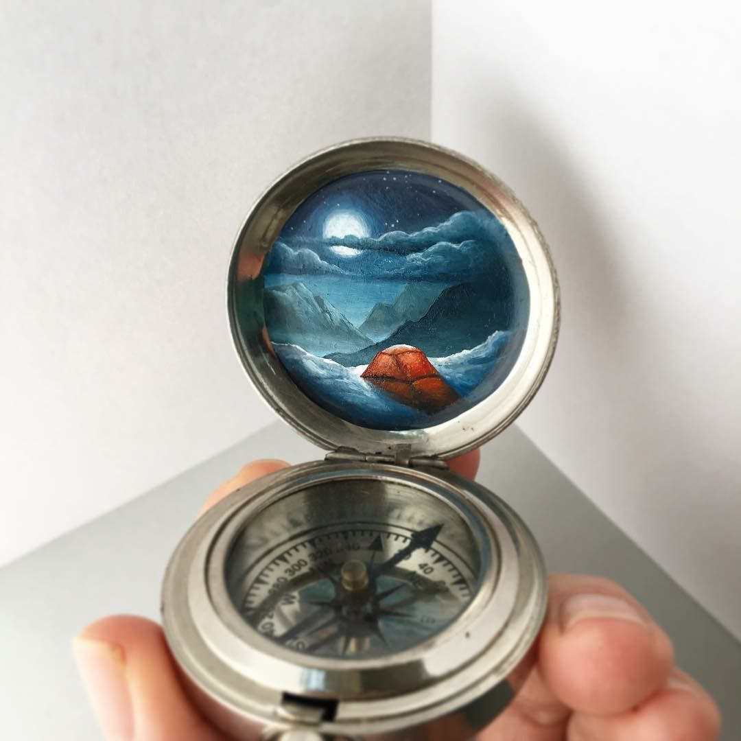 Истории внутри медальонов: удивительные миниатюры от художницы Khara Ledonne