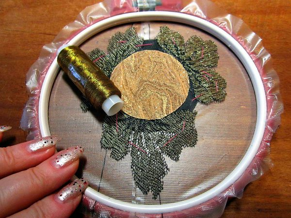 Как сделать обрамление кружевом текстильной броши | Ярмарка Мастеров - ручная работа, handmade