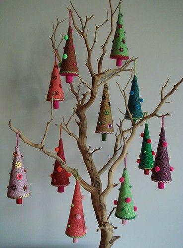 Деревья своими руками новогодние