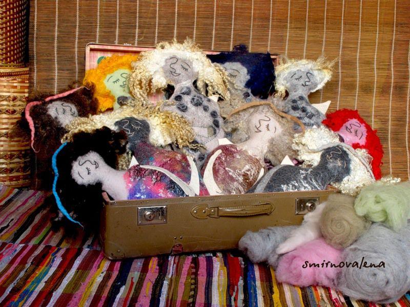 ангел, подарок, рождество, новый год, мокрое валяние, мастер-класс по валянию, кардочёс, валяная игрушка, для детей, интерьерная игрушка