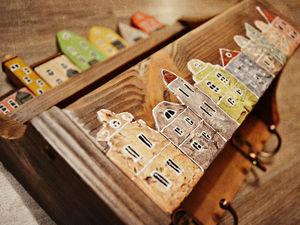 Декорируем ключницу-полочку «Голландский квартал». Ярмарка Мастеров - ручная работа, handmade.