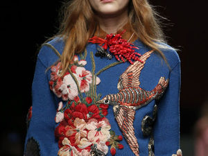 Объемная вышивка на шерстяном свитере от Gucci. Ярмарка Мастеров - ручная работа, handmade.
